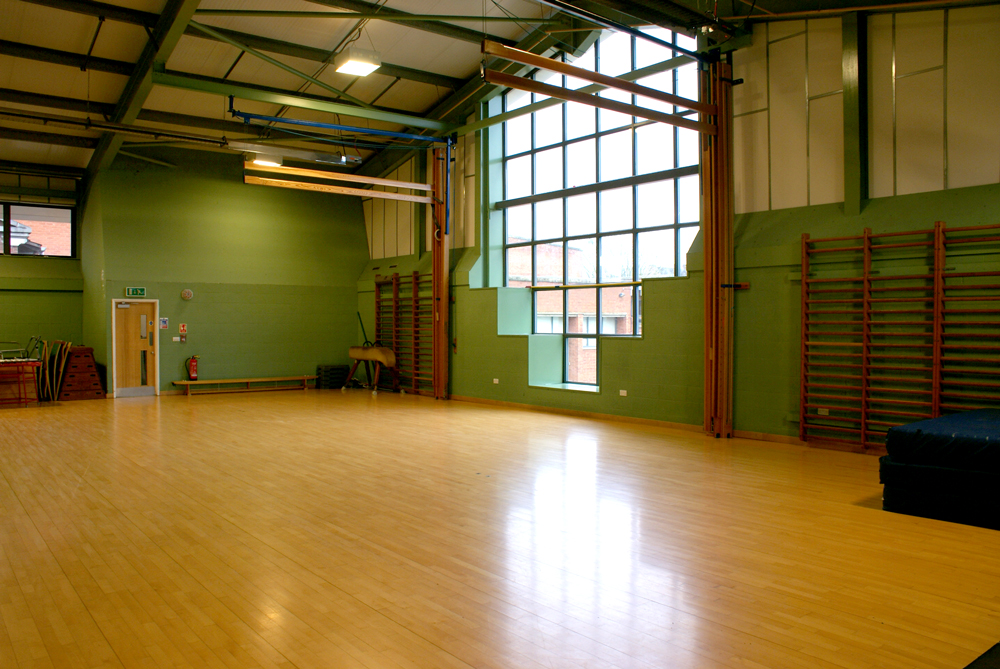 KHVIII School Sports Centre Hall